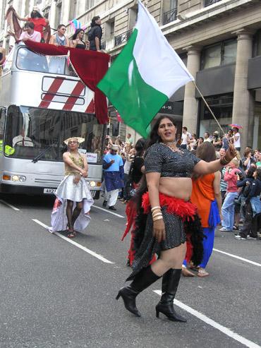 【ゲイ&レズビアンの祭典】PRIDE ロンドン2008