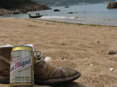 山下マヌーの マヌー式地球の遊び方-観光客限りなく0%の香港の隠れビーチ