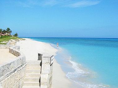 山下マヌーの マヌー式地球の遊び方-キューバのビーチ