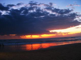 山下マヌーの マヌー式地球の遊び方-やっぱり夕日
