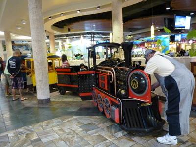 $H.I.S. ホノルル支店 ☆ LeaLeaブログ                       ハワイのコネタ♪-Windward Mall14